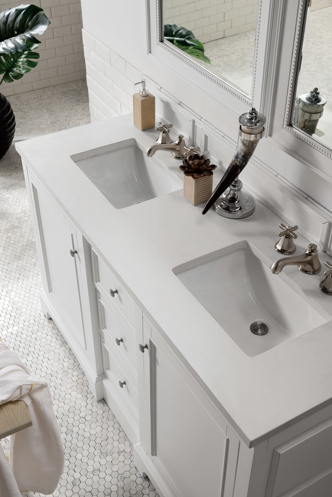 De Soto 60 Double Vanity Bright White With 3 Cm Snow White Quartz