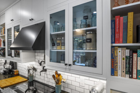 Flush Inset, Slab door, Slab Crown, Light Rail 2671, Arctic White, Premium Natural Walnut, & 8' Ceiling